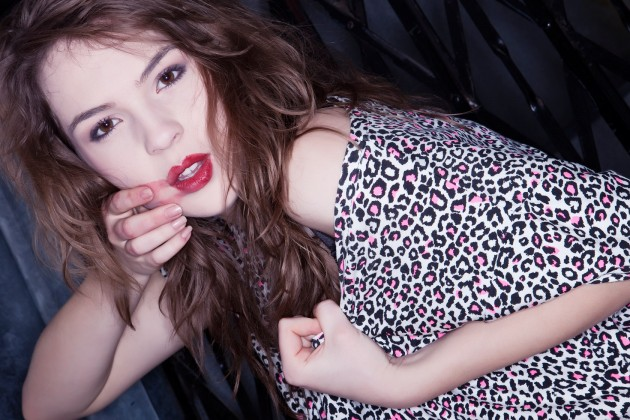 Model : Aisling Knight