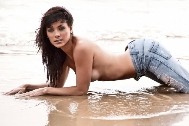 Model : Dani Levy