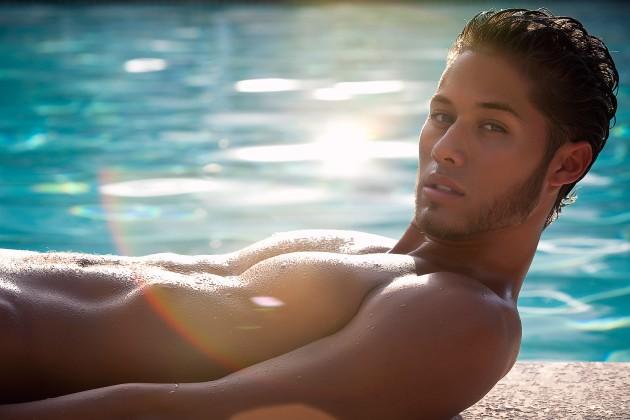 Model : Ryan Ramos
