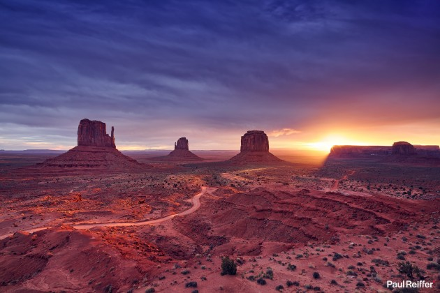 "Location : Monument Valley, USA <a href=""https://www.paulreiffer.com/buy-prints/afterglow/"">- Buy the limited edition print</a>"