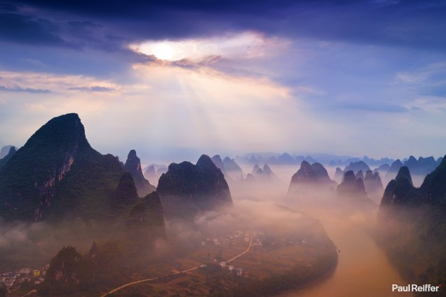 "Location : Guilin, China <a href=""https://www.paulreiffer.com/buy-prints/portal/"">- Buy the limited edition print</a>"
