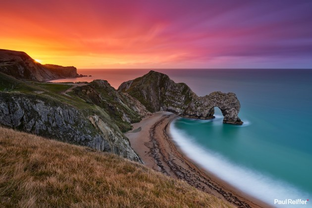 "Location : Durdle Door, UK <a href=""https://www.paulreiffer.com/buy-prints/heritage/"">- Buy the limited edition print</a>"
